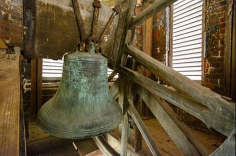 A Historic Bell in Fredericksburg Rings Out a Love Story