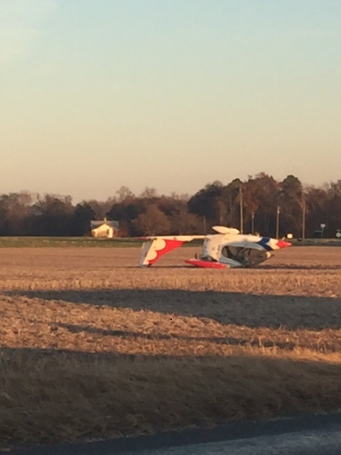 Small plane crashes in Hanover