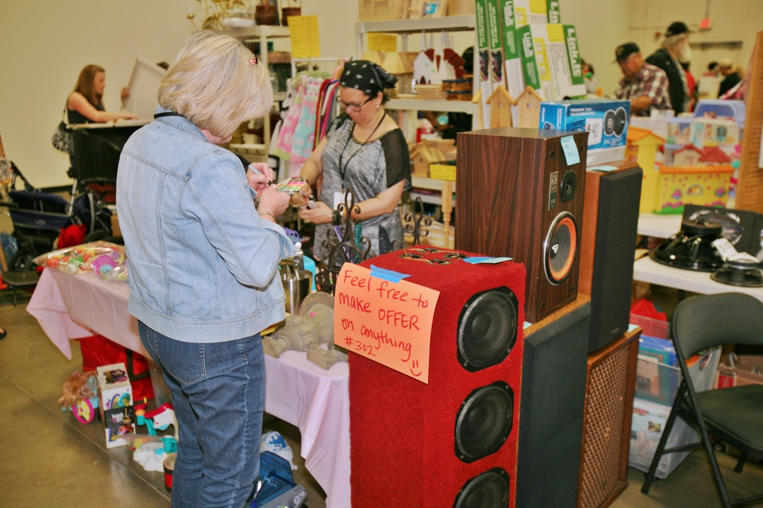 Fredericksburg¹s Largest Indoor Garage Sale set for October 13 and 14