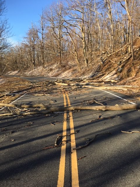 Skyline Drive to remain closed this weekend