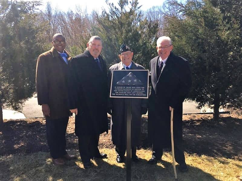 Plaque dedicated at Quantico National Cemetery