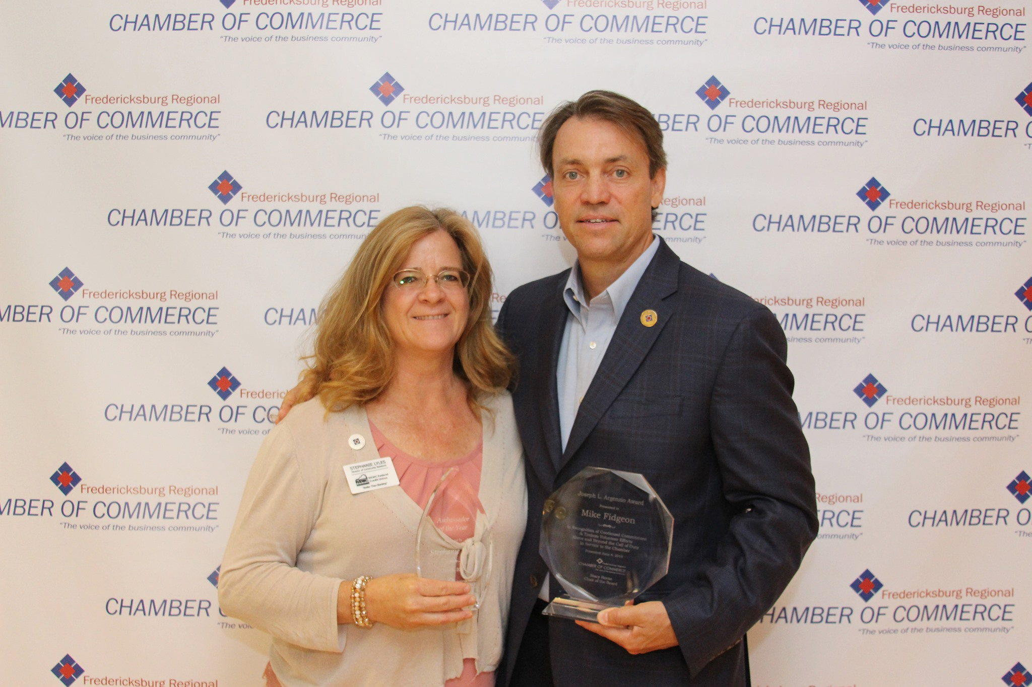 Chamber of Commerce gives out two awards